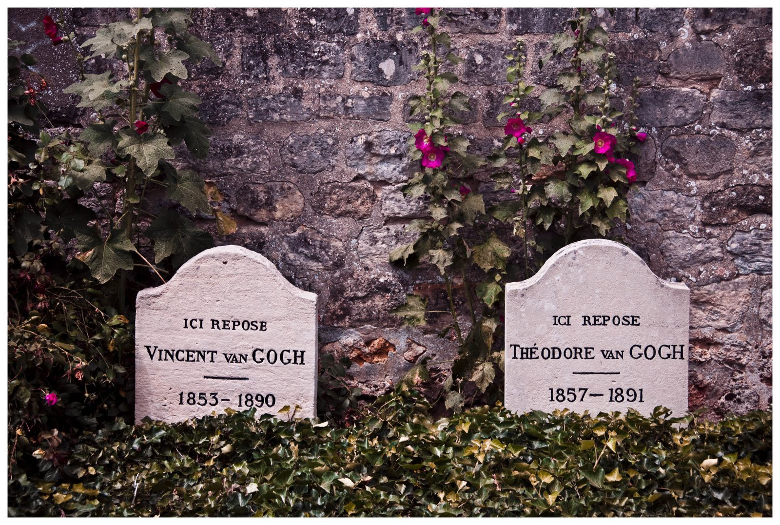 The gravesite of Vincent van Gogh. Next to him, his devoted brother Theo.