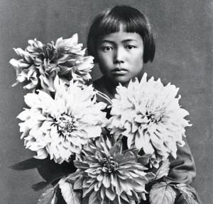 Yayoi_Kusama_in_1939