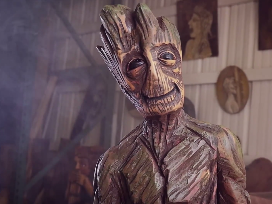 i-am-groot-chainsaw-sculpture