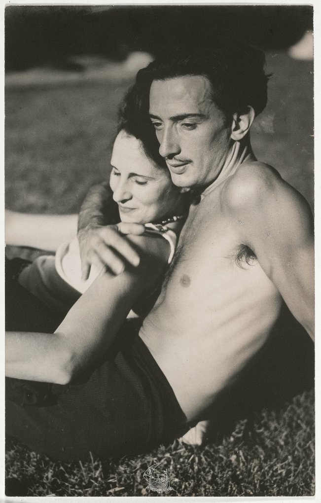 Gala and Dalí, 1933