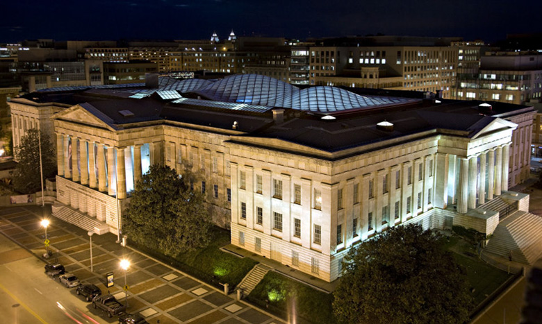 The National Portrait Gallery in Washington, DC houses many of Laura Wheeler-Waring's beautiful portrait work