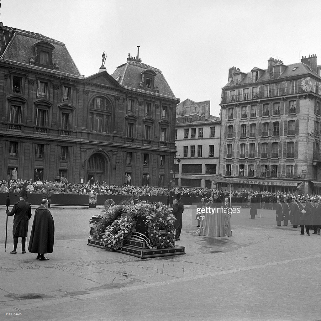 The state funeral of the influential artist, Georges Raoault,