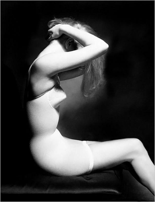 Photo by Lillian Bassman, 1948