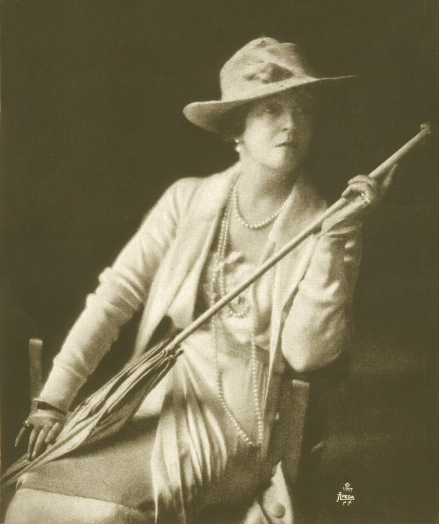 Lucy, Lady Duff-Gordon, in 1917