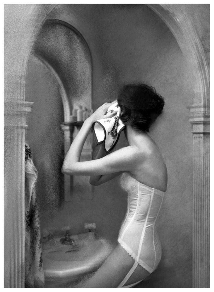 Photo by Lillian Bassman, 1947