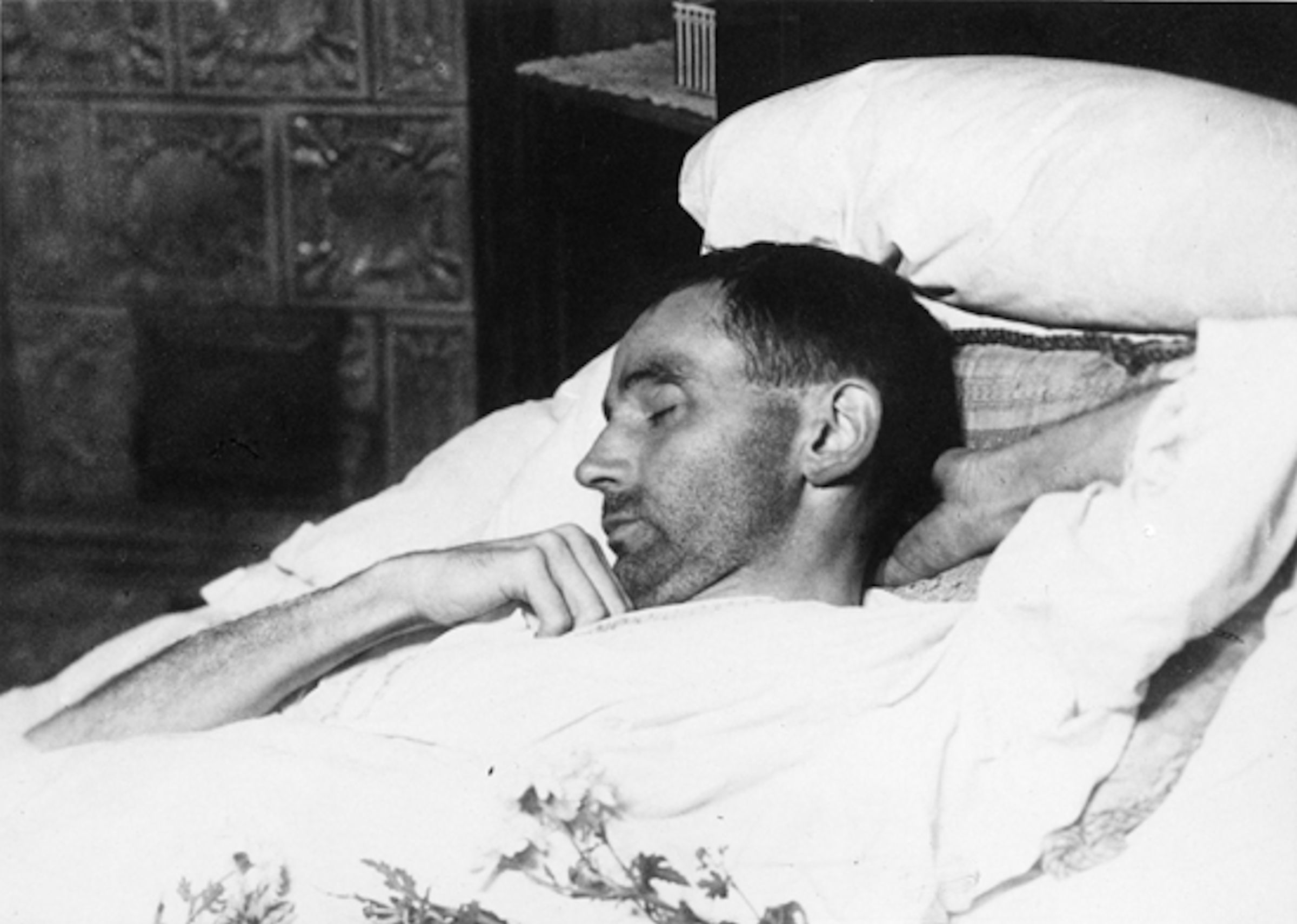 Egon Schiele on his deathbed