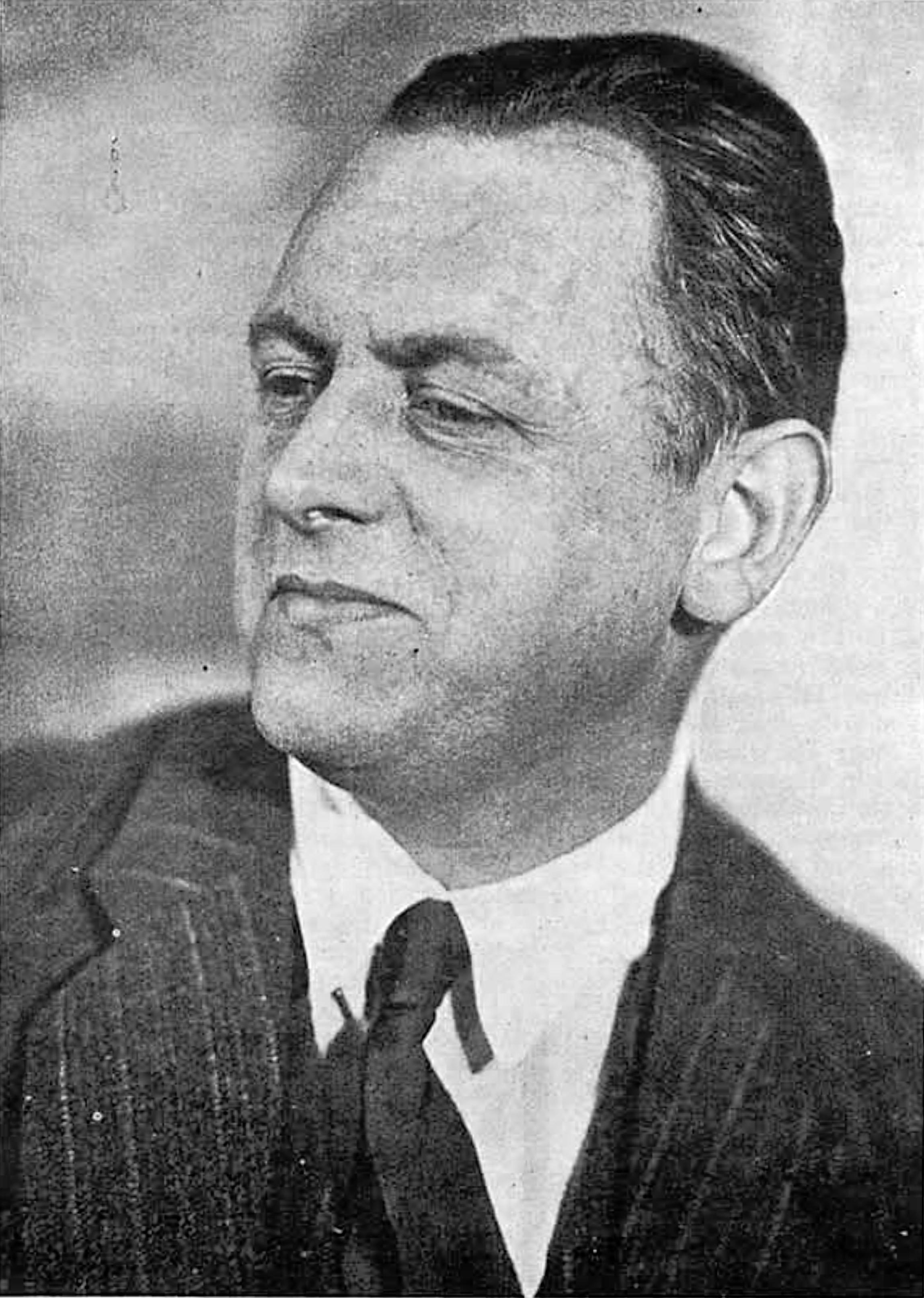 Kurt_Schwitters_1927