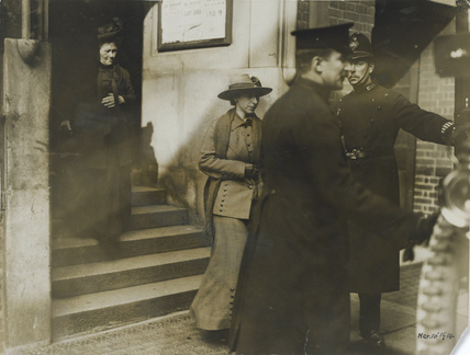 The arrest of Mary Richardson after her attack on the painting by Velázquez, 1914.