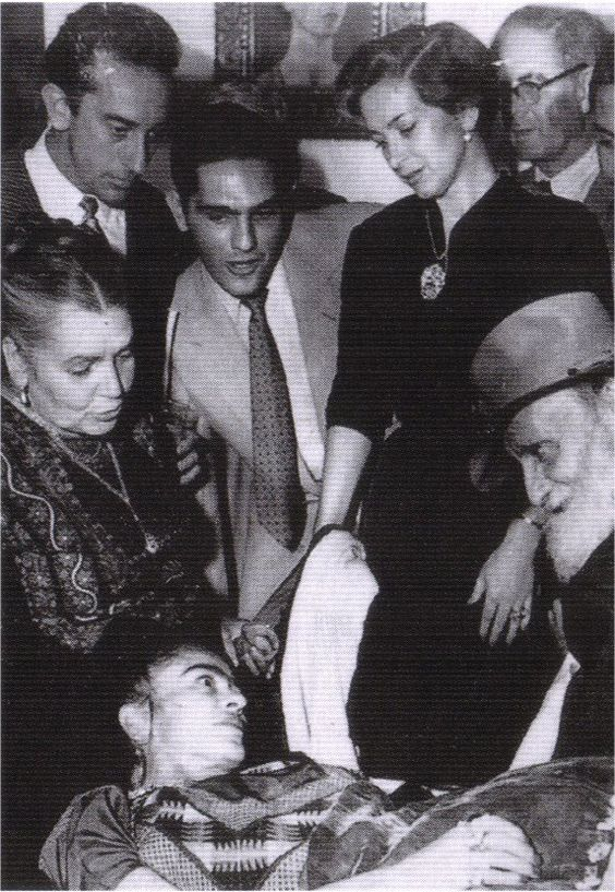 Frida at her art opening in 1953