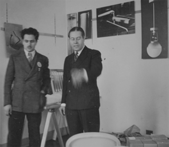 Moholy-Nagy (left) with unidentified man, at the opening of the New Bauhaus in Chicago, 1939