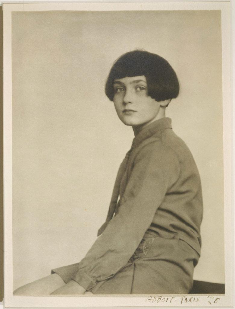 Fabienne Lloyd (daughter of Scottish stage performerArthur Lloyd), 1928