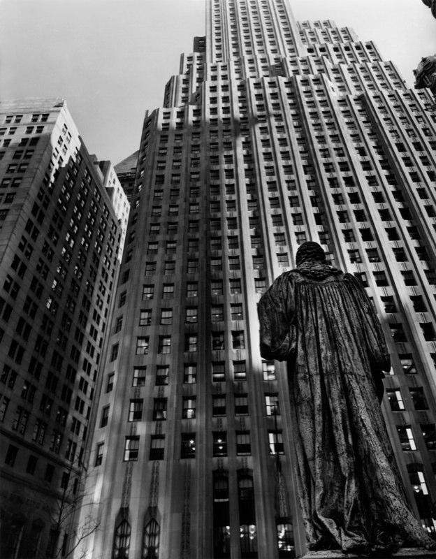 John Watts Statue, from Trinity Church looking toward One Wall Street