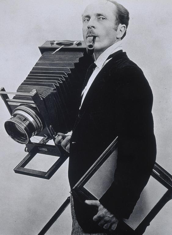 Portrait of Edward Weston, by Tina Modotti, 1924
